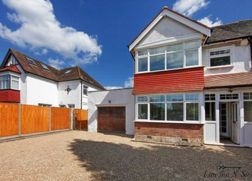 Thumbnail Studio to rent in Woodcote Grove Road, Coulsdon
