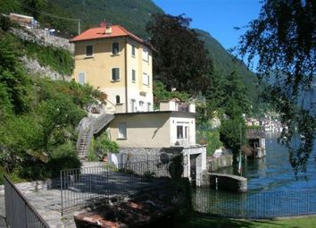 Thumbnail 4 bed villa for sale in Como, Lombardy, Italy