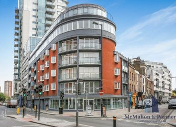 Thumbnail 3 bed property to rent in Long Lane, London