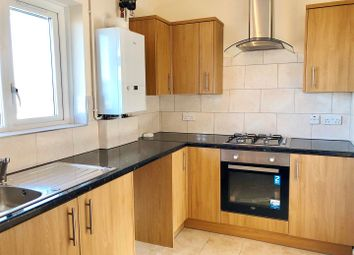 Thumbnail 2 bed flat to rent in Birch Grove Crescent, Brighton