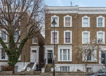 Thumbnail 1 bed flat for sale in Oakley Road, Islington, London