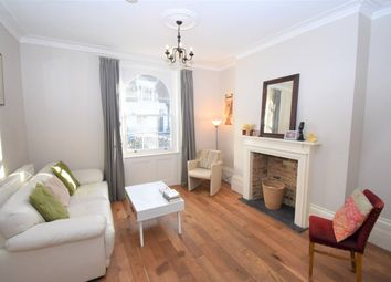 Thumbnail 3 bed flat to rent in Offord Road, Islington, London