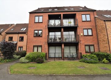 2 bed flat to rent in Kingfisher Wharf, Nottingham NG7