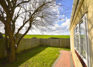 Thumbnail 2 bed mobile/park home for sale in Newtonside Orchard, Windsor