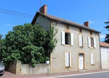Thumbnail 4 bed town house for sale in Poitou-Charentes, Vienne, Availles Limouzine