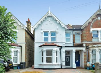 Thumbnail 3 bed flat to rent in Kidderminster Road, Croydon