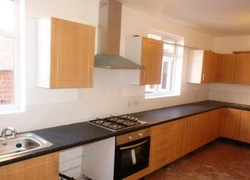 Thumbnail 5 bed shared accommodation to rent in Beckingham Road, Off Evington Road, Leicester