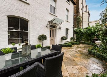 Thumbnail 4 bed town house for sale in Belgrave Gardens, London
