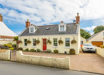 Thumbnail 4 bed cottage for sale in Rue Frairies, St. Andrew, Guernsey