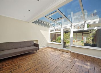 2 bed maisonette for sale in Villiers Road, London NW2