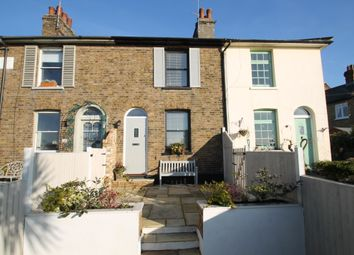 Thumbnail 2 bed cottage to rent in New Road, Leigh-On-Sea
