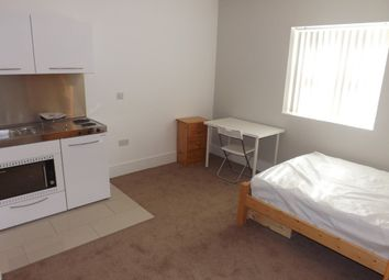 Thumbnail Studio to rent in Aylward Street, Portsmouth