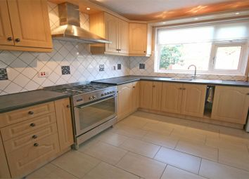 Thumbnail 2 bed bungalow to rent in Cookham Road, Maidenhead