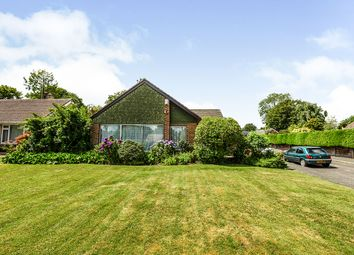Petersfield Drive, Meopham, Kent DA13. 3 bed bungalow