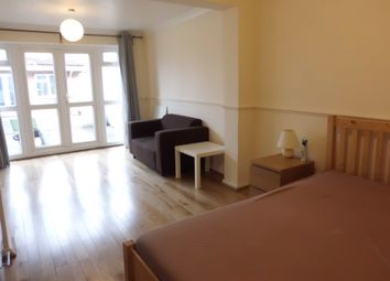 Thumbnail Room to rent in Carmarthen Road, Slough