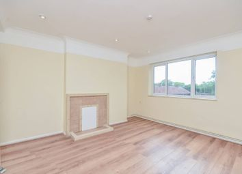 Thumbnail 3 bed flat to rent in Woodfarrs, Camberwell