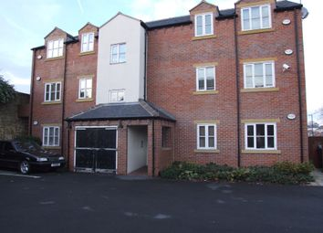 Thumbnail 2 bed flat to rent in Commercial Street, Rothwell, Leeds