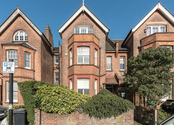 Thumbnail 6 bed terraced house to rent in Platts Lane, London