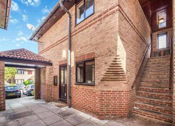 Thumbnail 1 bed maisonette for sale in Twyford, Reading