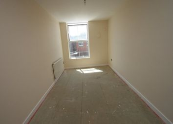 Thumbnail 1 bed flat to rent in Albert Road, Southsea, Hampshire