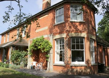 Thumbnail 1 bed flat to rent in Park Road, Woking, Surrey