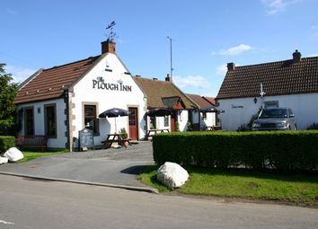 Thumbnail Pub/bar for sale in Star, Markinch, Fife