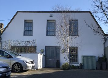 St. Lukes Yard, London W9. 3 bed detached house