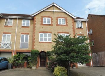 Thumbnail 4 bed town house for sale in Oakfield Close, Potters Bar