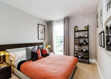 Thumbnail 2 bed flat for sale in Queenshurst Square, Kingston