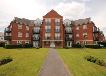 Thumbnail 3 bed flat to rent in Palgrave Road, Bedford