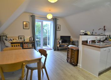 Thumbnail 2 bed flat to rent in Molesey Road, Hersham, Walton-On-Thames