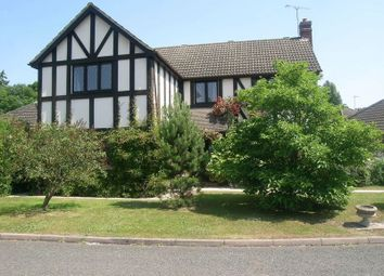 Thumbnail 5 bed detached house to rent in Hammond End, Farnham Common, Slough