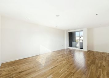 Thumbnail 1 bedroom flat to rent in Vicarage Crescent, London