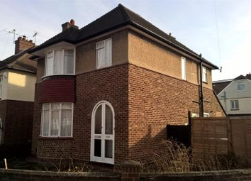 Thumbnail 4 bed detached house to rent in Castle Road, Bedford