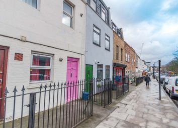 Thumbnail 2 bed flat to rent in Clarence Road, Clapton