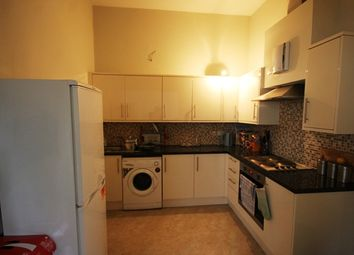 Thumbnail 3 bed flat to rent in East Street, Barking