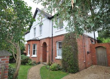 Thumbnail 4 bed detached house to rent in Oakley Road, Caversham, Reading