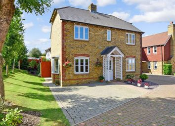 Carmans Close, Loose, Maidstone, Kent ME15. 4 bed detached house