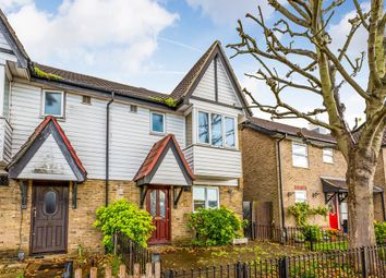 Thumbnail 3 bedroom terraced house for sale in Roding Lane North, Woodford Green