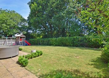 Thumbnail 5 bed detached house for sale in Bramley Close, Billingshurst, West Sussex