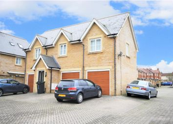 2 bed flat to rent in Doulton Close, Swindon SN25