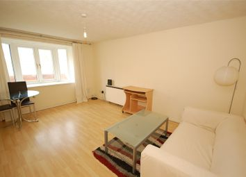 2 bed flat to rent in Badby Close, Manchester M4