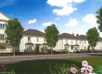 Thumbnail 4 bed detached house for sale in Queens Avenue, Aldershot