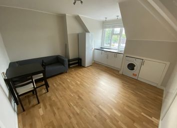 Thumbnail Flat to rent in Waterloo Road, Epsom