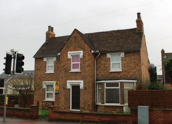 Thumbnail 3 bedroom detached house to rent in Bedford Road, Great Barford