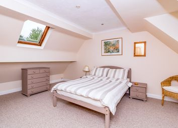 Thumbnail 1 bed flat to rent in Pinewoods Road, Longworth, Abingdon