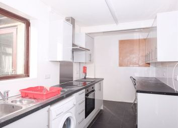 5 bed semi-detached house to rent in The Avenue, Brighton BN2