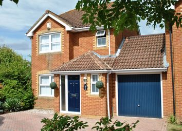 Thumbnail 3 bed link-detached house to rent in Hop Garden, Church Crookham, Fleet