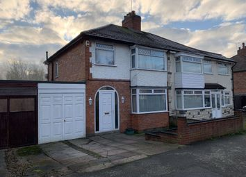 3 bed property to rent in Gwencole Crescent, Leicester LE3
