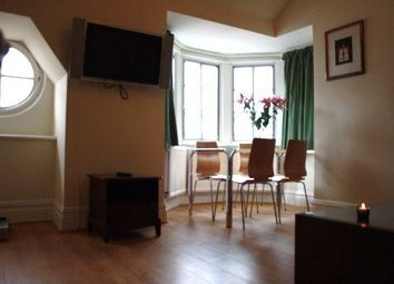 Thumbnail 5 bed flat to rent in Earsby Street, London